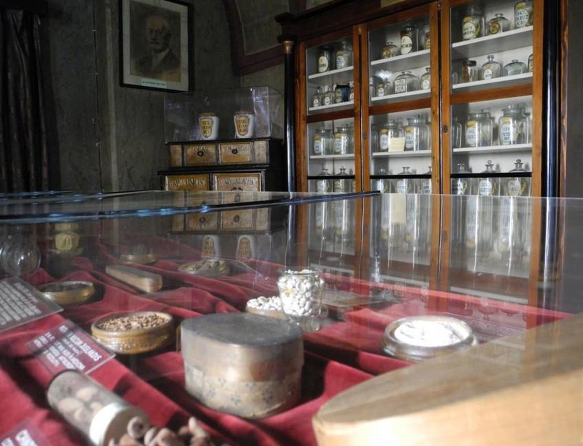 muzeul-farmaciei