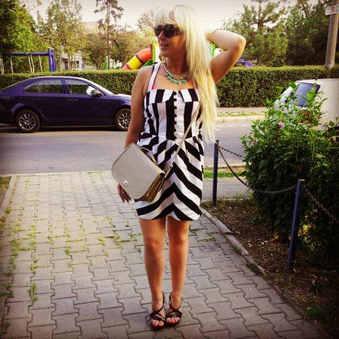 black white stripes fashion (4)