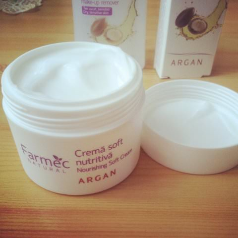 farmec natural cu argan (2)