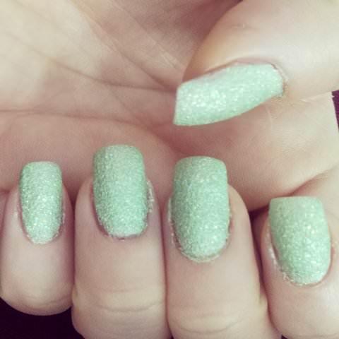 golden rose holiday sand nails (18)