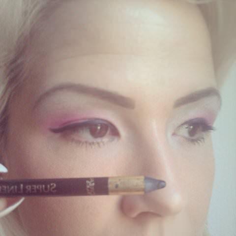 tus creion (2)